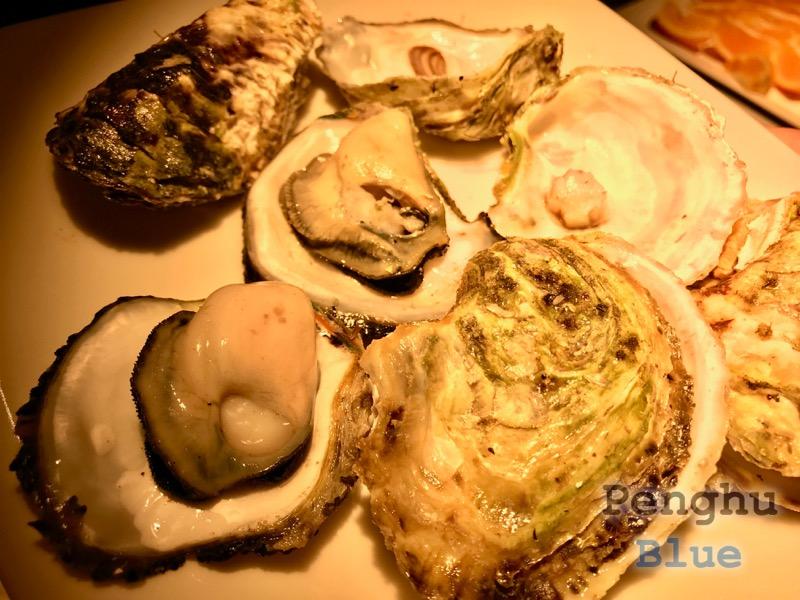 新鮮な蒸し牡蠣